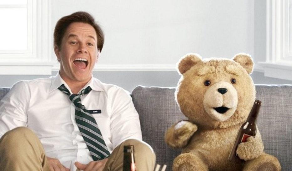 Ted: Tres son multitud