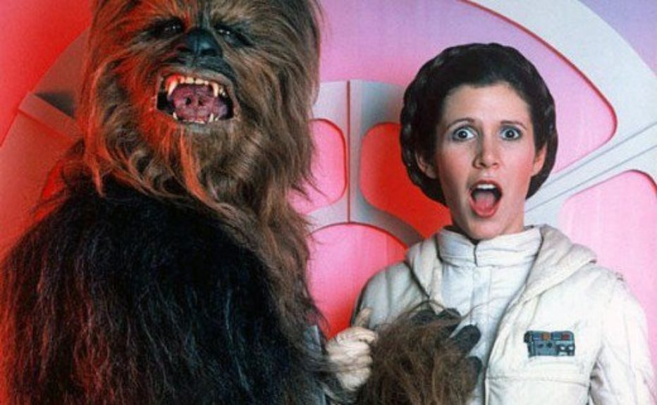Princess-Leia-behind-the-scenes-starwars17-520x321.jpg